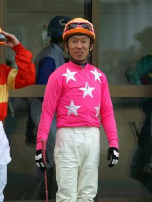 100127-09R-11-内田利雄騎手-1