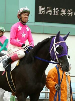 100128-07R-07-内田利雄騎手-2