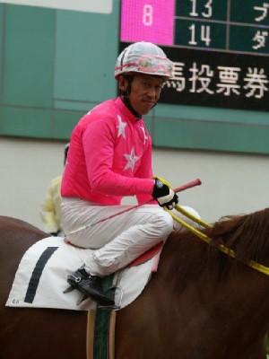 内田利雄騎手 08R 01 ホウコウフジ騎乗時2
