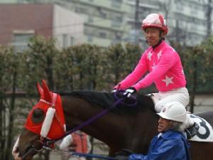 内田利雄騎手 11R 03 トミケンクリーク騎乗時3