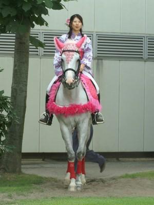 川崎競馬の誘導馬1