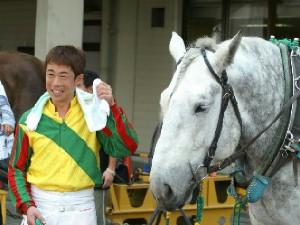 松本騎手とミルキー号