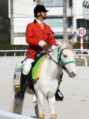 決勝レースの誘導馬はもちろん つかさん&ラージポニーのウィニーくん