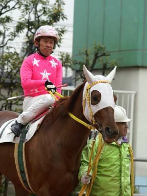 内田利雄騎手 08R 01 ホウコウフジ騎乗時1