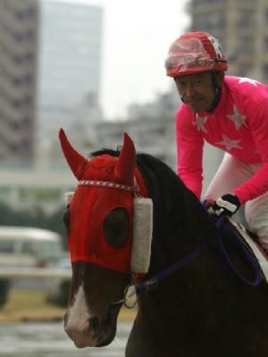 内田利雄騎手 11R 03 トミケンクリーク騎乗時4