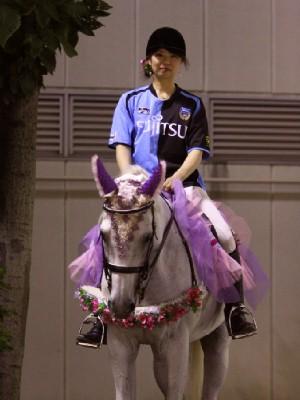 川崎フロンターレな 川崎競馬の誘導馬