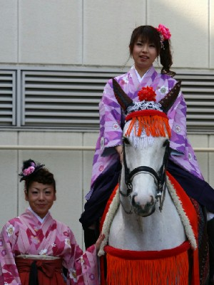 川崎競馬の誘導馬 1月開催 平場Ver トーチくん 2