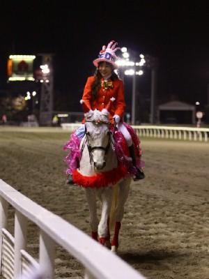 川崎競馬の誘導馬 12月開催 xmas&結婚祝いVer 3