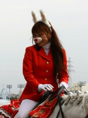 川崎競馬の誘導馬 3月開催 うさぎ&ひな祭りVer 4