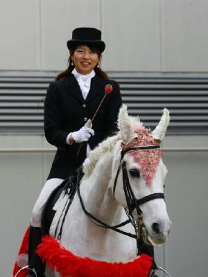 川崎競馬の誘導馬 3月開催 イチゴVer ユーちゃん 1