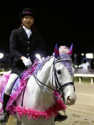 川崎競馬の誘導馬 5月開催 特別R 藤Ver アロワナくん 3